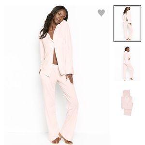 9f76efecac Victoria s Secret Pink Sleepover Knit PJ Set